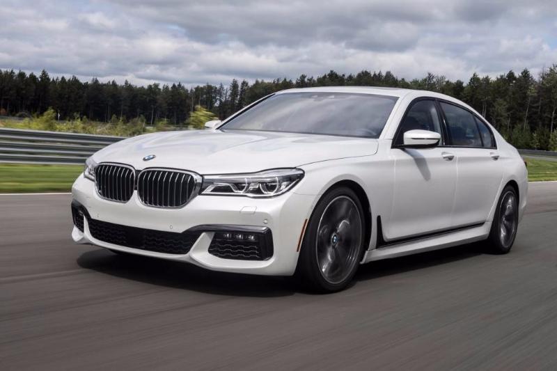 2017-BMW-2